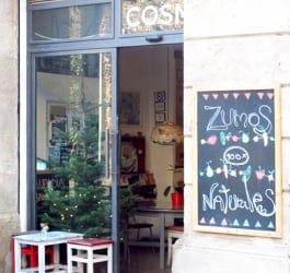 Cosmo café y Galería de Arte