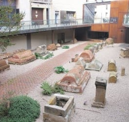 Museu d'Història de Barcelona - Via Sepulcral Romana