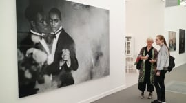 Foto Protest art pervades Frieze: works confront Aids, poverty—and, yes, Trump