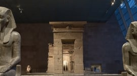 Foto The Temple of Dendur: Celebrating 50 Years at The Met